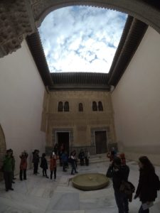'Hola Alhambra' Discovering the Red Castle 23