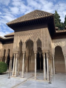 'Hola Alhambra' Discovering the Red Castle 21