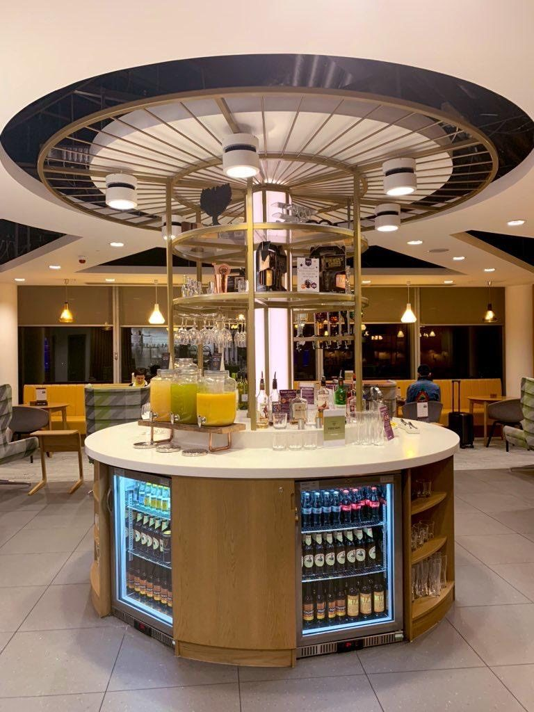 Checking into the 1903 Lounge @ Manchester T3 6