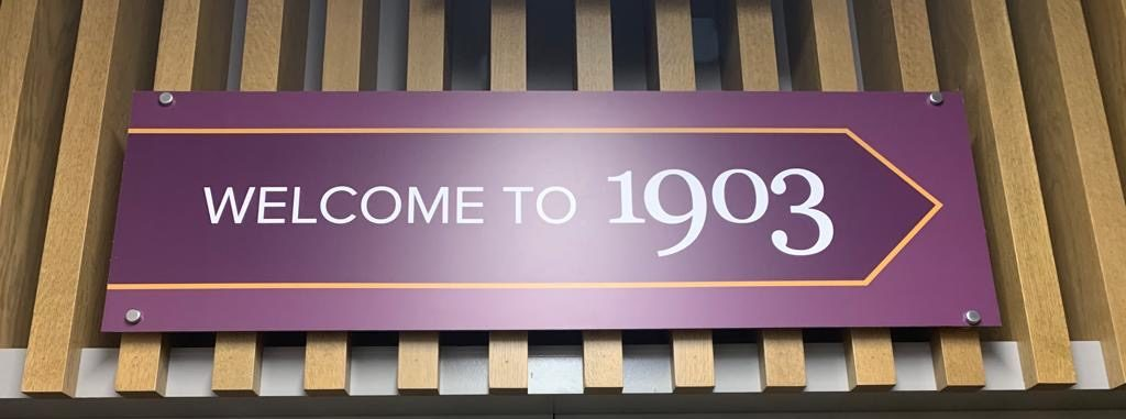 Checking into the 1903 Lounge @ Manchester T3 4