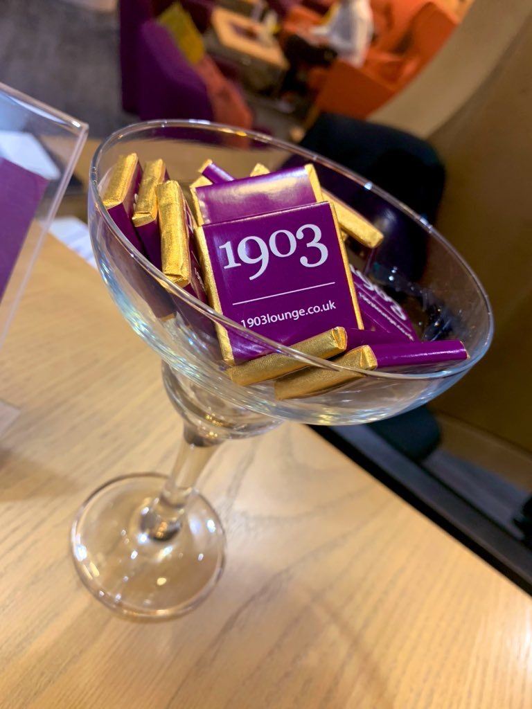 Checking into the 1903 Lounge @ Manchester T3 3